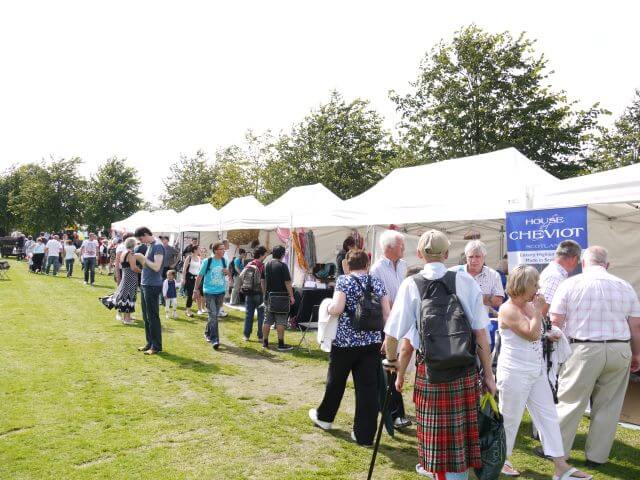 Various sizes of small marquees/gazebos in market stall layout